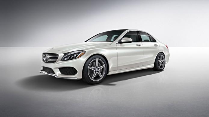 New Mercedes-Benz C300 coupe emulates pricier S-class