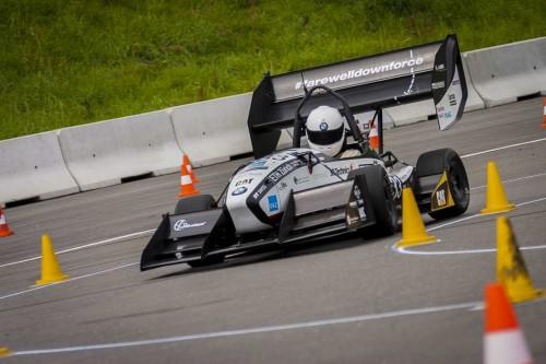 Record setting EV reaches 100 km/h in 1.779 seconds