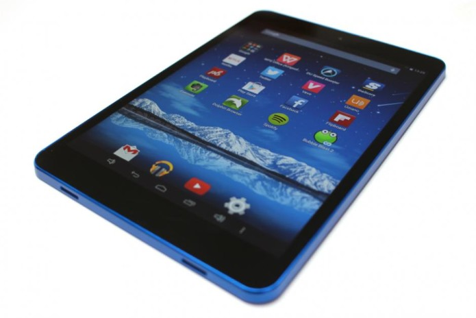 HiSense Sero 8 Pro Review: iPad-Like Design, Tesco Hudl Pricing