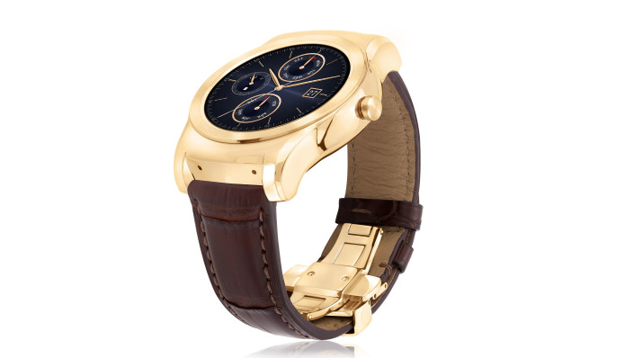 LG dresses its luxury smartwatch in a gold suit