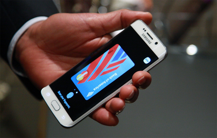 Verizon is still 'evaluating' support for Samsung Pay