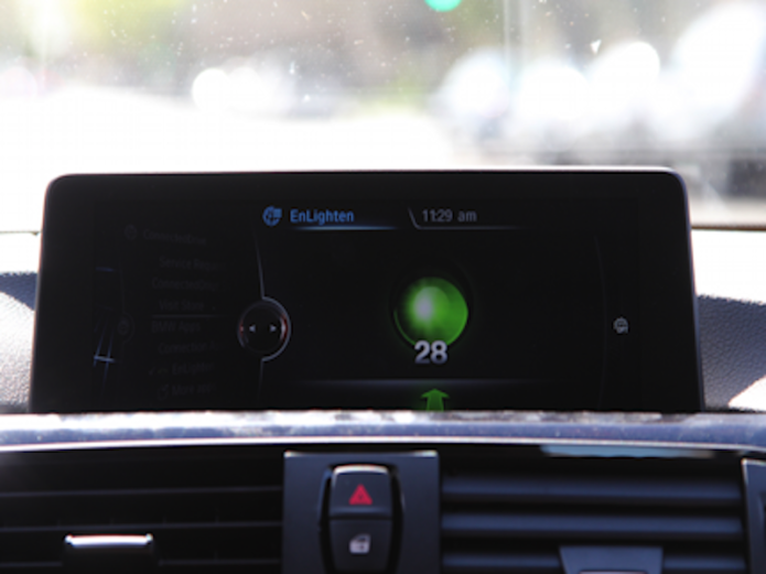 the-bmw-enlighten-app-predicts-when-traffic-lights-are-green