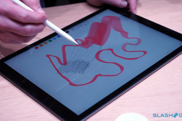 Apple-Pencil-Apple-Event-Product-hands-on-22-1280×7201