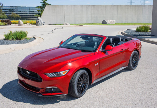 2015 Ford Mustang right hand drive production begins