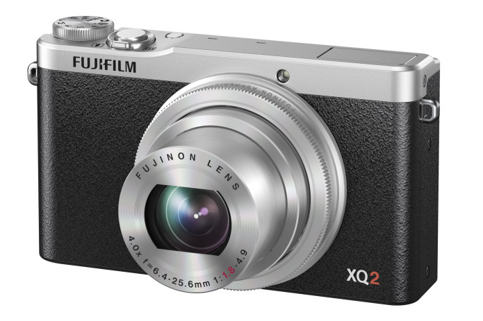 Fujifilm XQ2 review: Solid low-light pocket camera with classic styling