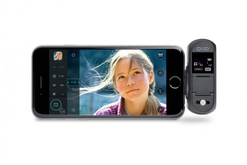DxO One camera connects to the iPhone or iPad for image sharing