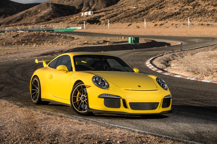 Porsche 911 R to pack 500 naturally aspirated horsepower and a stick