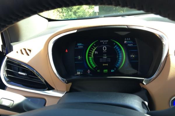 2016-Chevrolet-Volt-42-960×720