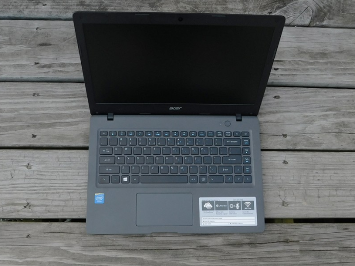 Three things to know about the Acer Aspire One Cloudbook