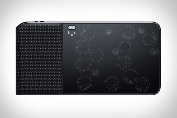 Light L16 point-and-shoot takes on DSLRs with 16 cameras