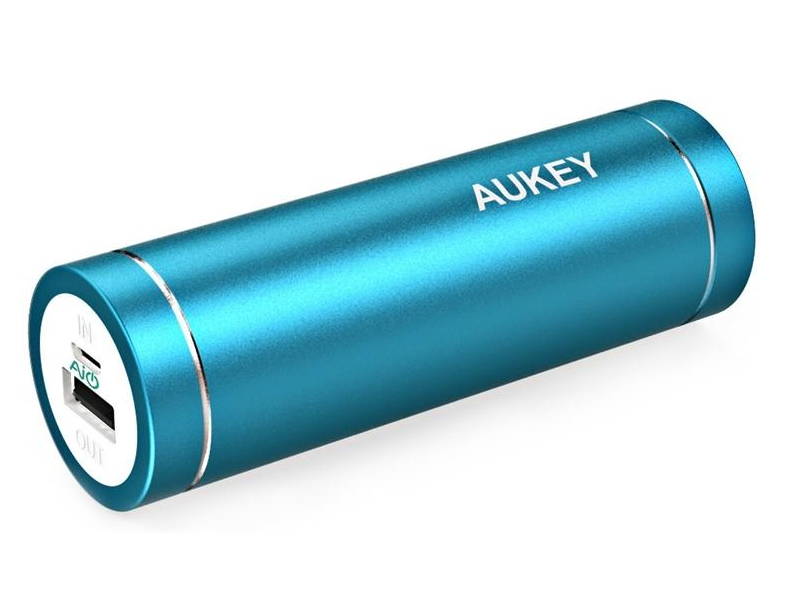 aukey 5000mah external battery charger review compact easy to use on the go power bank for. Black Bedroom Furniture Sets. Home Design Ideas