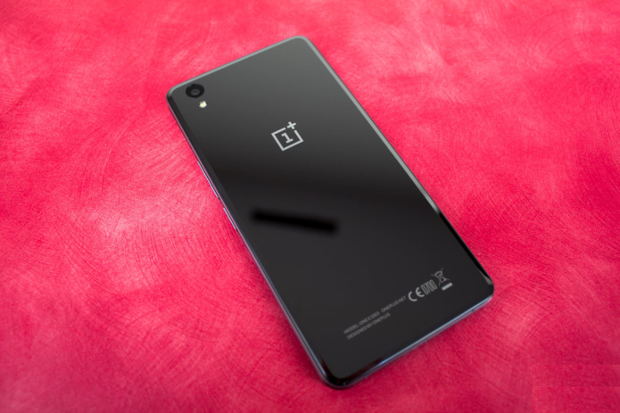 OnePlus X Review: Great on the Outside, Just OK on the Inside