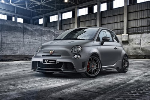 2015 Abarth 695 Biposto review — road test