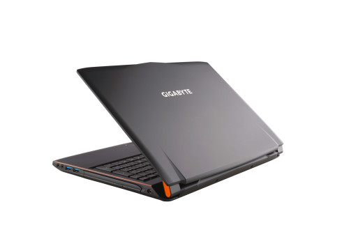 Gigabyte P55W review : New 15.6″ Gaming Laptop