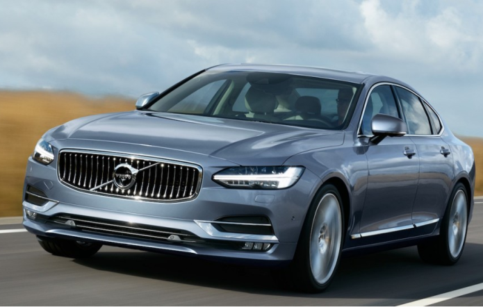 New Volvo S90 has Swedish take on luxe and autopilot