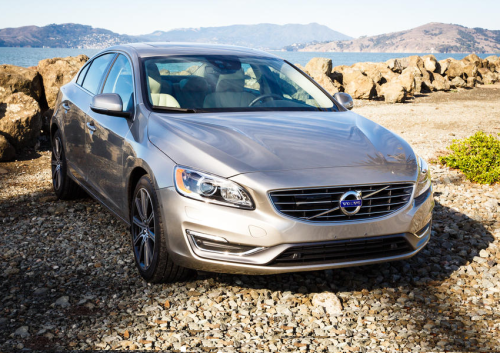 2016 Volvo S60 T5 Inscription review: Letting go of the wheel for convenience, safety
