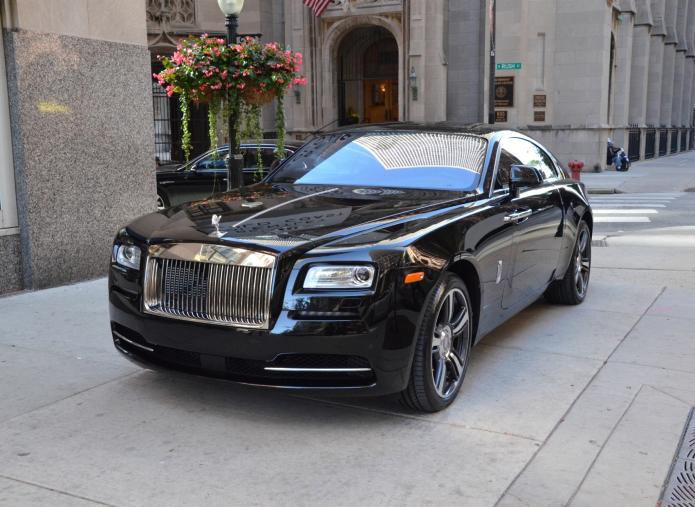 Rolls-Royce Wraith Review: Driving a $400K Dream Machine