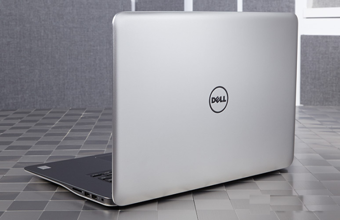 Dell Inspiron 15 7000 (Late 2015) Review