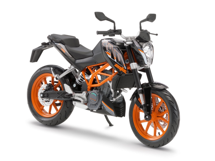 2015 KTM 390 Duke First Ride Review