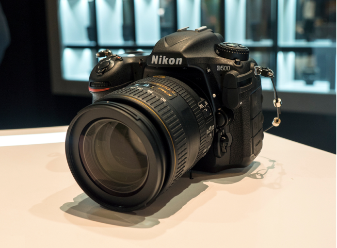 Nikon D500 hands-on preview: 'D5 mini' shows pro powers at smaller scale