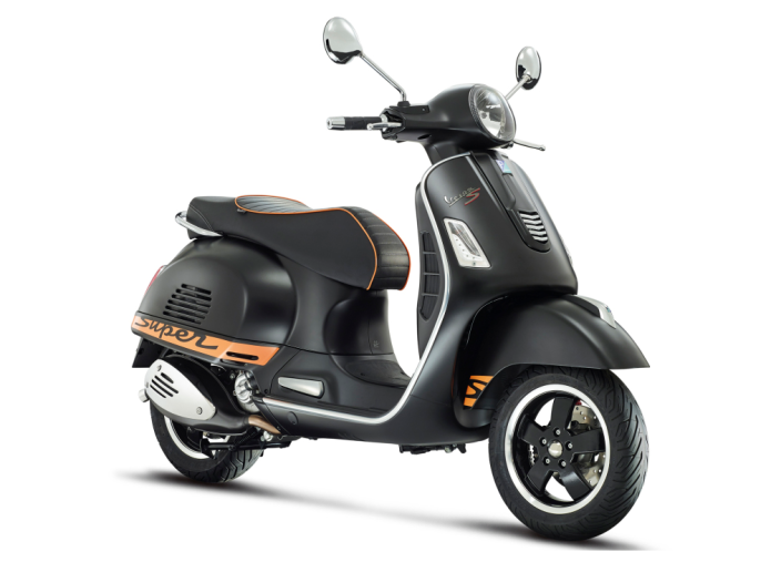 Vespa GTS 300 Scooter Review
