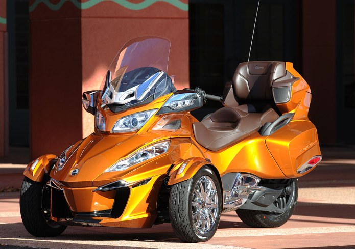 2014 Can-Am Spyder RT First Ride Review
