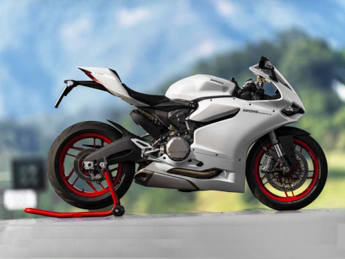 2016 Ducati 959 Panigale First Ride Review
