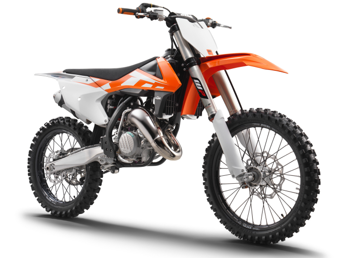 2016 KTM 125 SX & 150 SX Two-Stroke First Ride Review