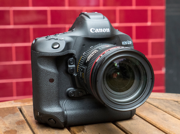 Canon EOS 1D X Mark II hands-on preview : The fast and the furious