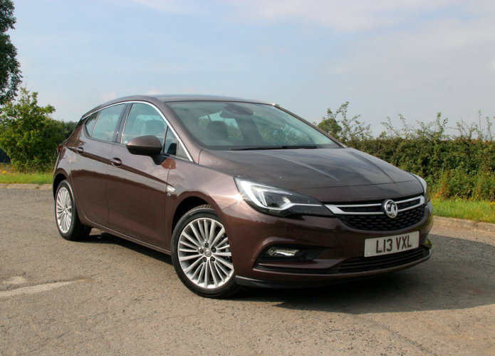 Vauxhall Astra (2016) first drive review : The Brit underdog