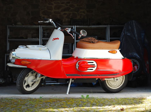 "2016 Cezeta Type 506 Brings Back Europe's 60s-Era ""Pig"" Scooter In Electric Form"