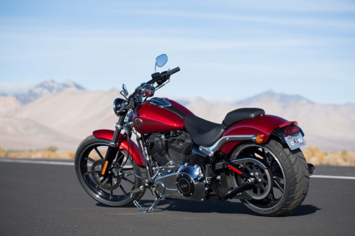 Harley-Davidson Breakout First Ride Review