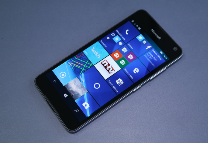 Microsoft Lumia 650 Hands-on Review : Windows 10, quality build on a budget