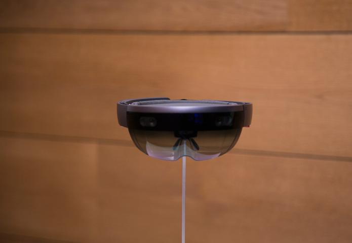 Leaked HoloLens app video reveals Start Menu for AR