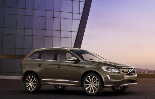 Volvo XC60 Review : One of the safest small SUVs