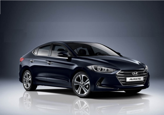 2017 Hyundai Elantra Review: Best Connected Car for the Masses