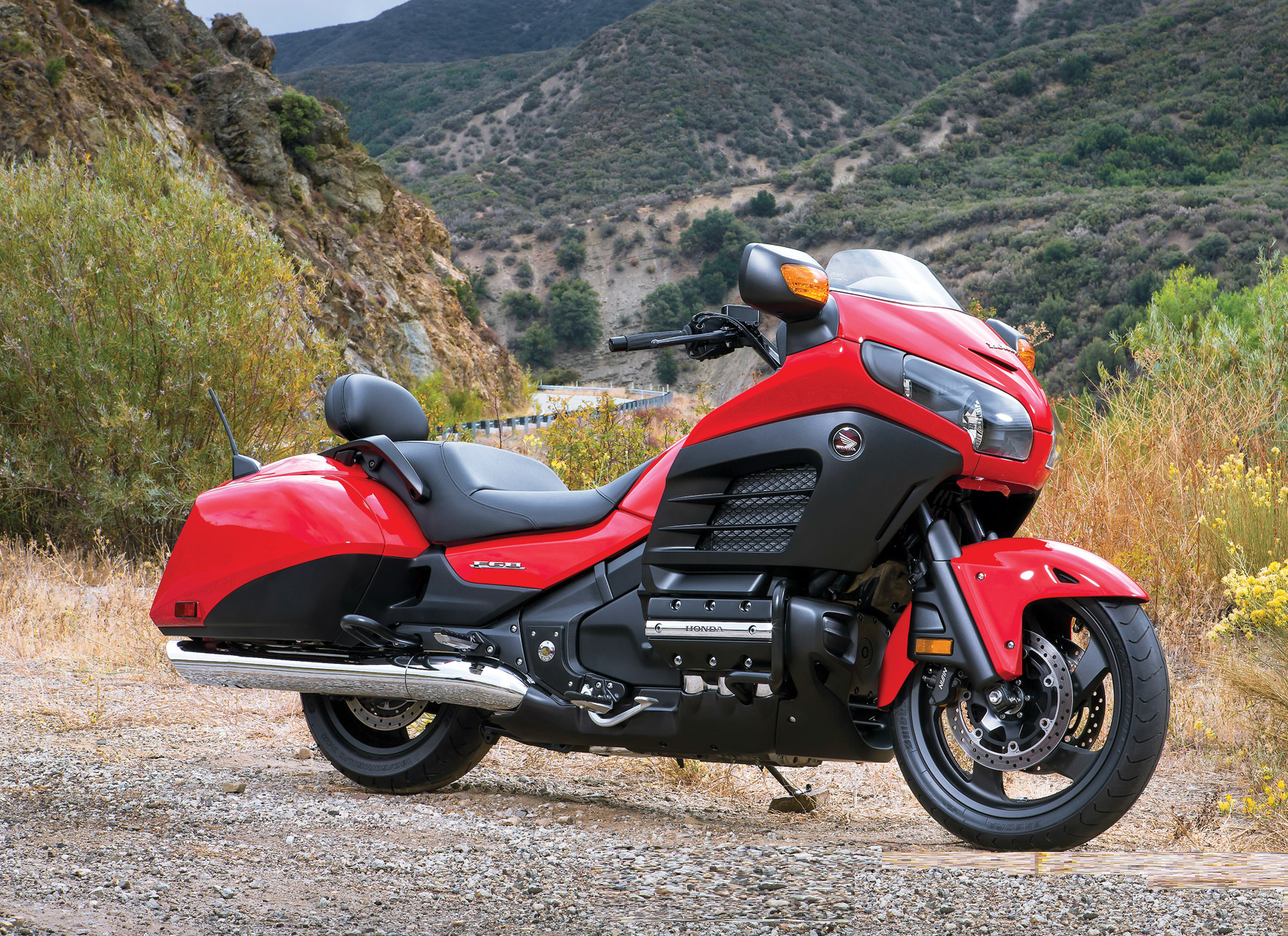 Honda Gold Wing F6B First Ride Review | GearOpen