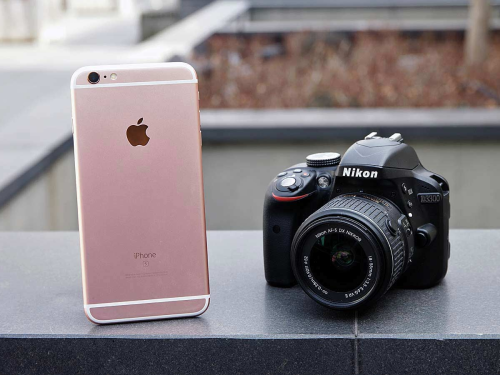 Camera Face-Off: Can an iPhone Beat a DSLR?