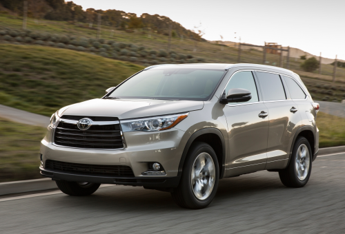 2016 Toyota Highlander Hybrid Review: The Slightly Greener Family Hauler