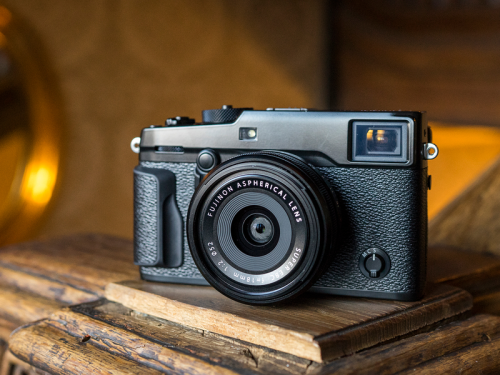 Fujifilm X-Pro2 Digital Camera Review : The ultimate photographer's camera.