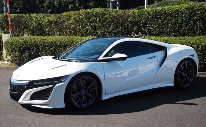 The big tech behind the 2017 Acura NSX specs | GearOpen