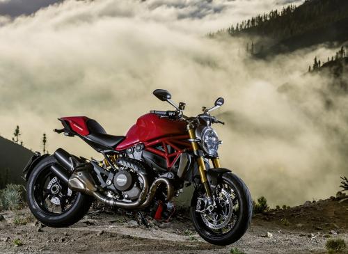 Ducati Monster 1200 S vs. Zero SR: Which is the Better Bike?