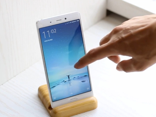 This smartphone has the HIGHEST Antutu score