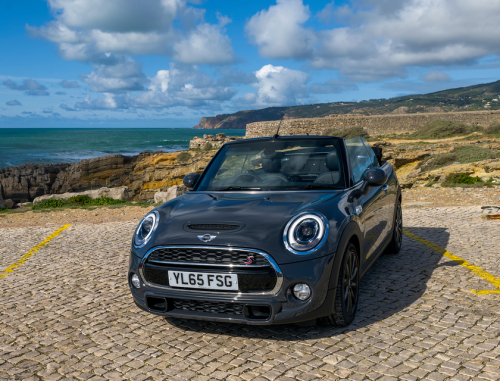 Mini Cooper Convertible (2016) first drive review : Topless fun