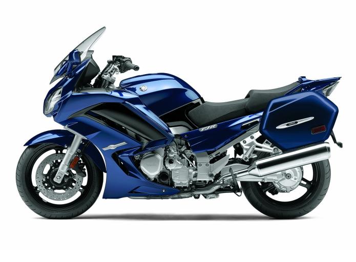 2016 Yamaha FJR1300 - FIRST RIDE REVIEW