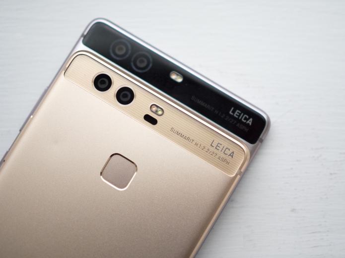 Top 7 dual SIM flagships for April
