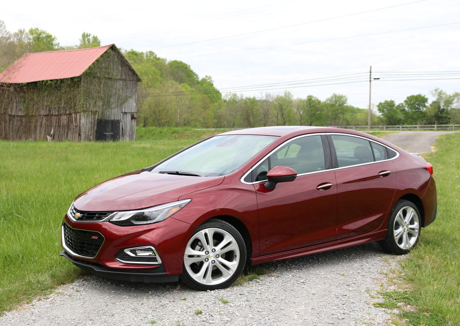 2016 chevrolet cruze first drive review gearopen. Black Bedroom Furniture Sets. Home Design Ideas