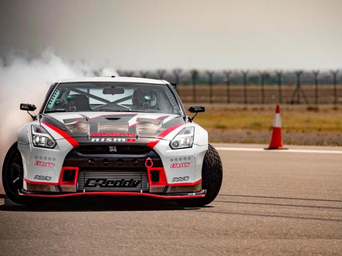 Nissan GT-R sets drift record at 189 mph