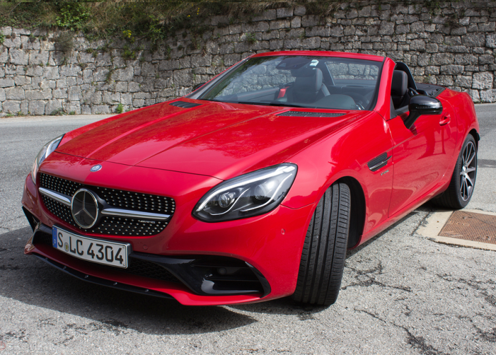 Mercedes-Benz SLC roadster first drive review : New name, new engine, new limits