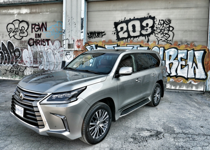 2016 Lexus LX 570 Review – Sasquatch in a cummerbund